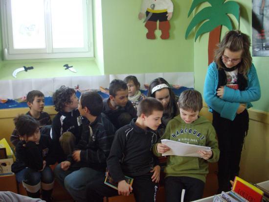 Lecture de la BD crée par les enfants